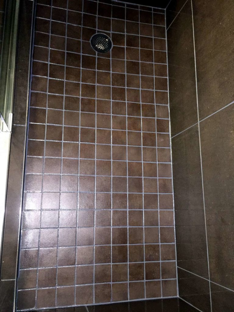Hotel grout cleaning, grout restoration