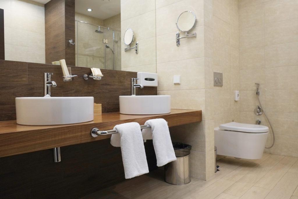 A hotel bathroom